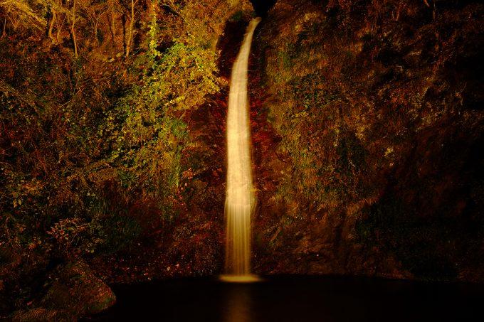 秩父華厳の滝ライトアップ
