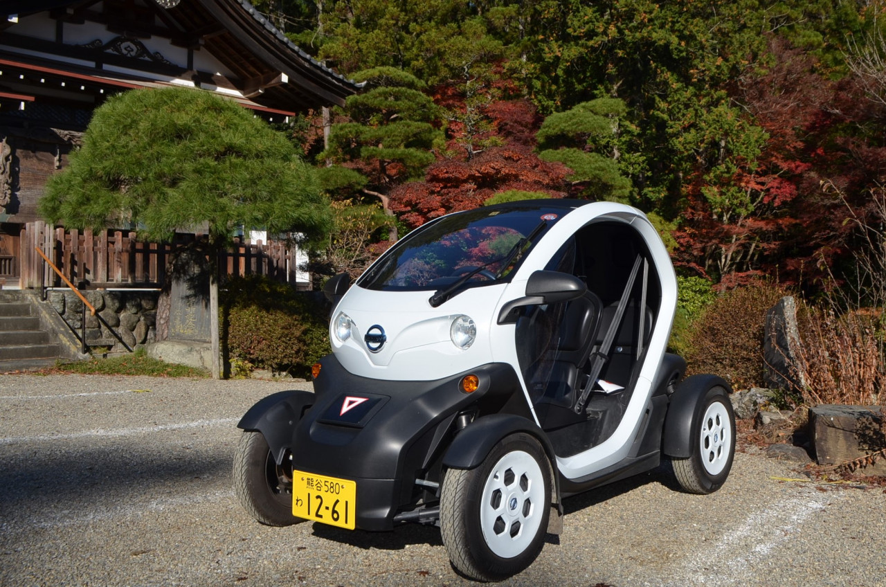 超小型電気自動車レンタカー貸出中!